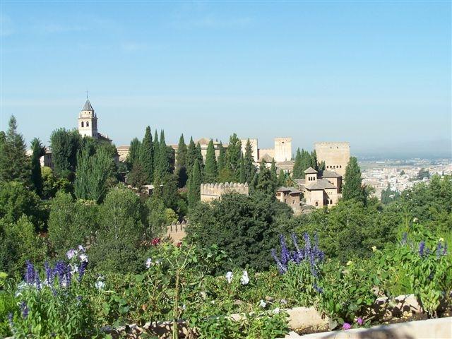 Сады Альгамбры - уникальный объект
