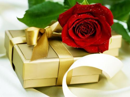 Красивые подарки и поздравления бесплатно